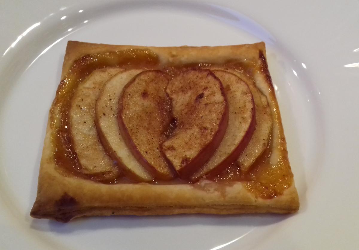 valentin napi almás süti